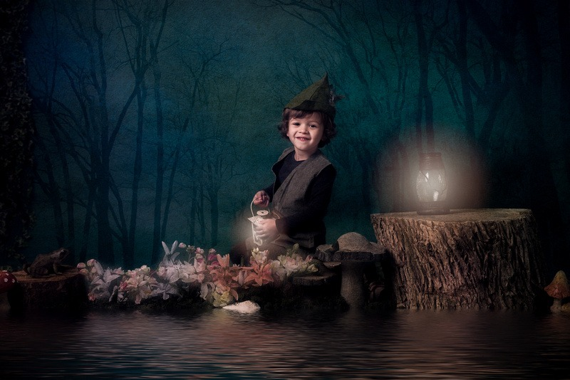 Slice of Life Photography - Little boy as an Elf Image