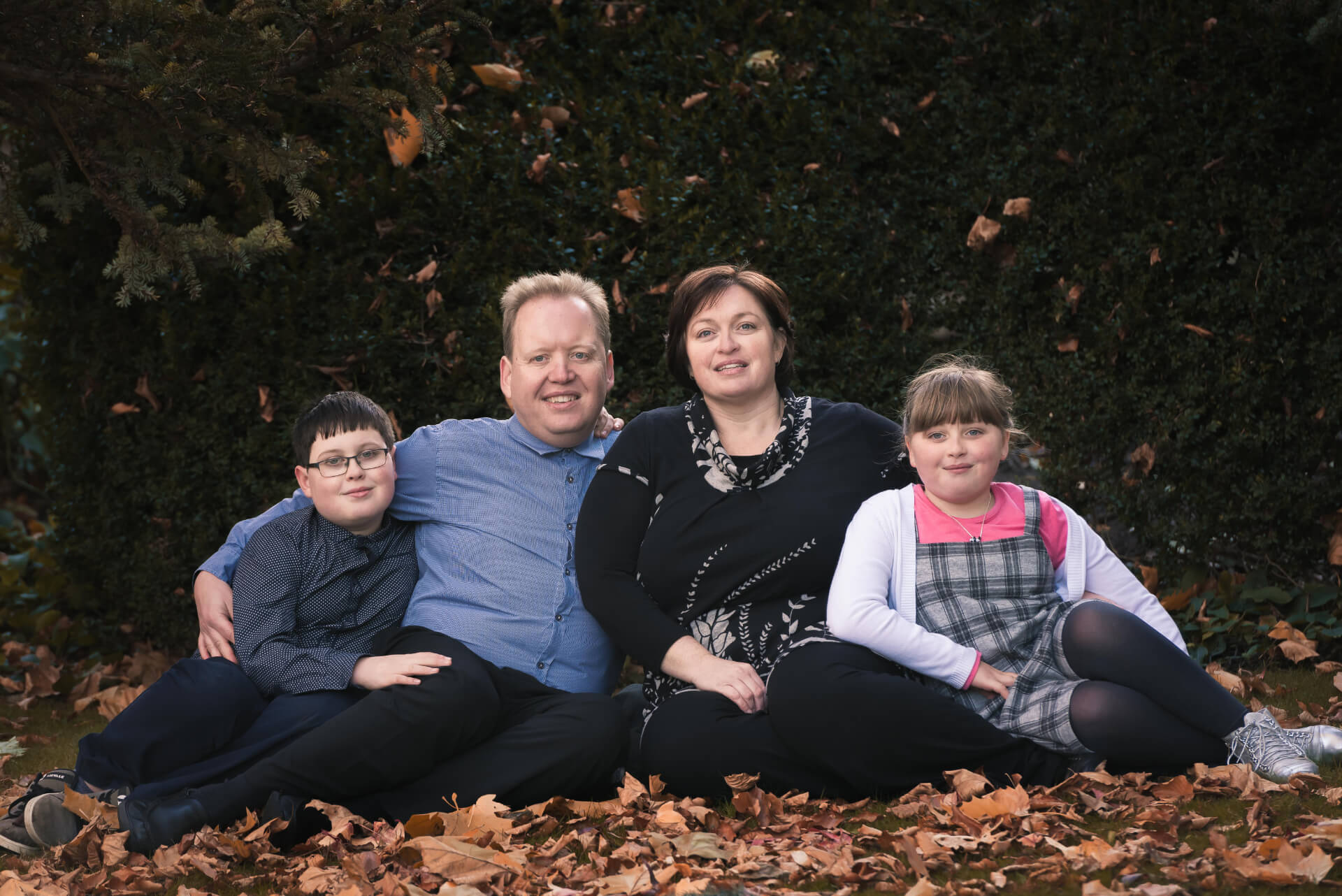 autumn outdoor family photoshoot Slice of Life Photography - Spalding photographer