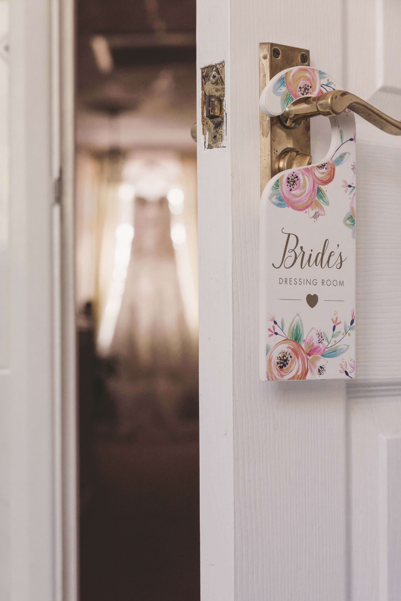 Bride door sign, Reportage, wedding photos, Brides dressing room - Lincolnshire wedding photographer, Slice of Life Photography